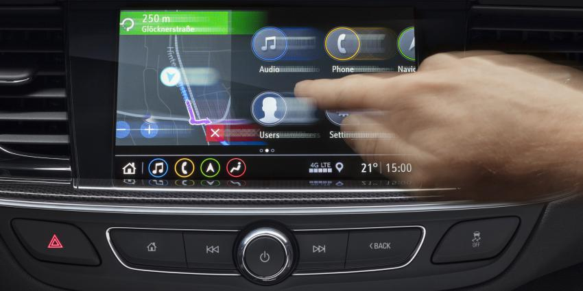 Infotainment van nieuwste generatie debuteert in Opel Insignia
