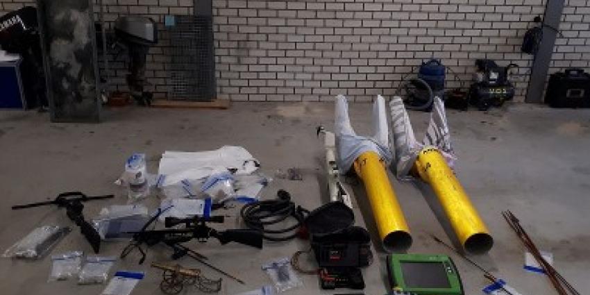 Wapens, munitie, vuurwerk en dieren in beslag genomen