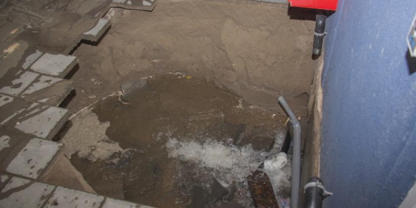 Waterleiding gesprongen in Vlaardingen