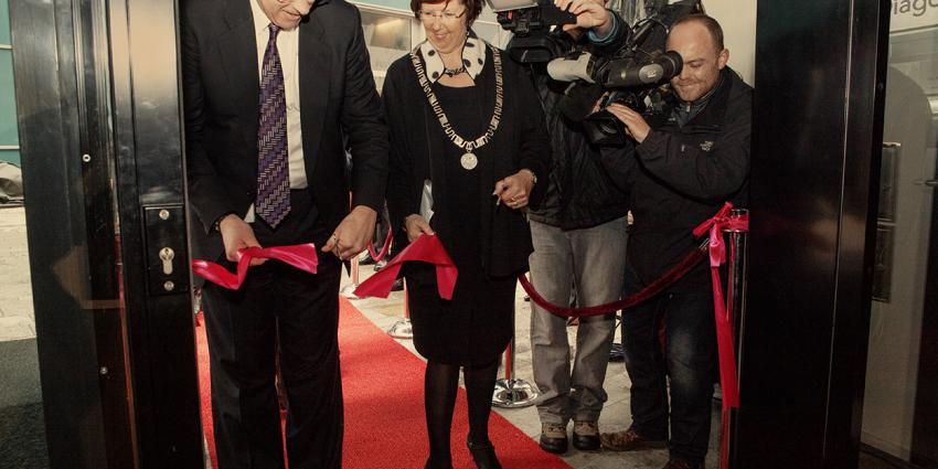 Foto van opening rechtbank Almere