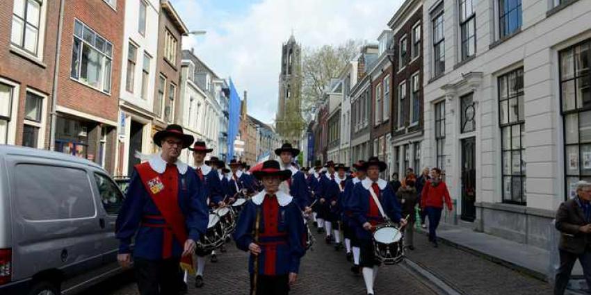 Kleurrijke Ommegang in het centrum van Utrecht