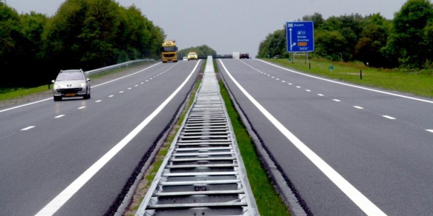 Foto van dubbele N33 bij Gieten | Van Oost Media | www.vanoostmedia.nl