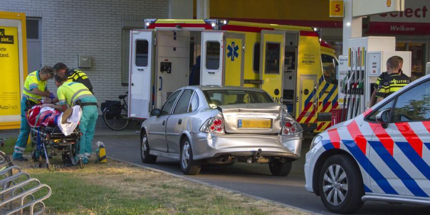 Ruzie loopt uit op verkeersongeval met gewonde