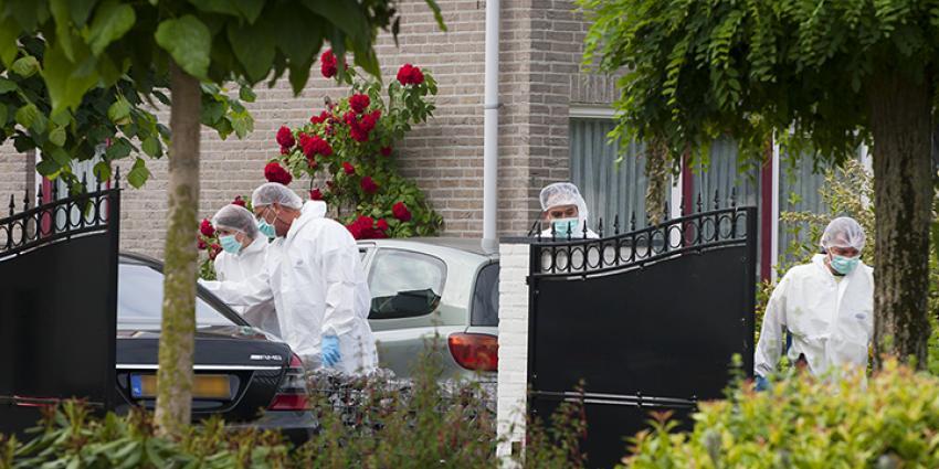 Foto van onderzoek dode kickbokser in Veghel   Persburo Sander van Gils   www.persburausandervangils.nl