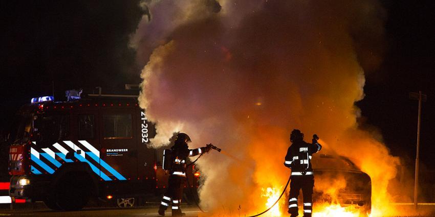 Foto van autobrand | Persburo Sander van Gils | www.persburausandervangils.nl