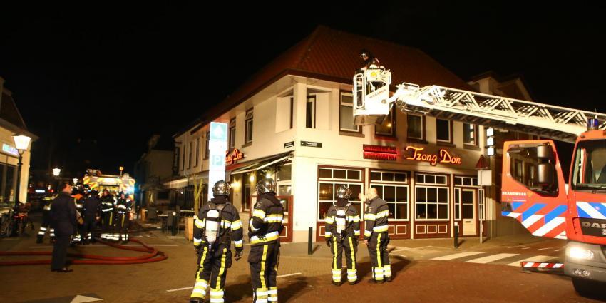 Veel rook bij brand boven restaurant in Vught