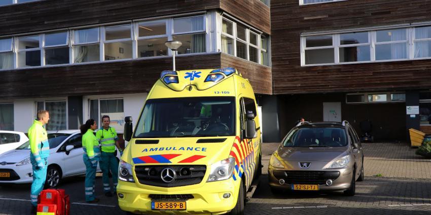Man gewond bij steekpartij in Amsterdam
