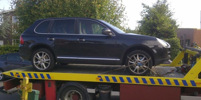 Porsche Cayenne in beslag genomen bij hennepkwekerij