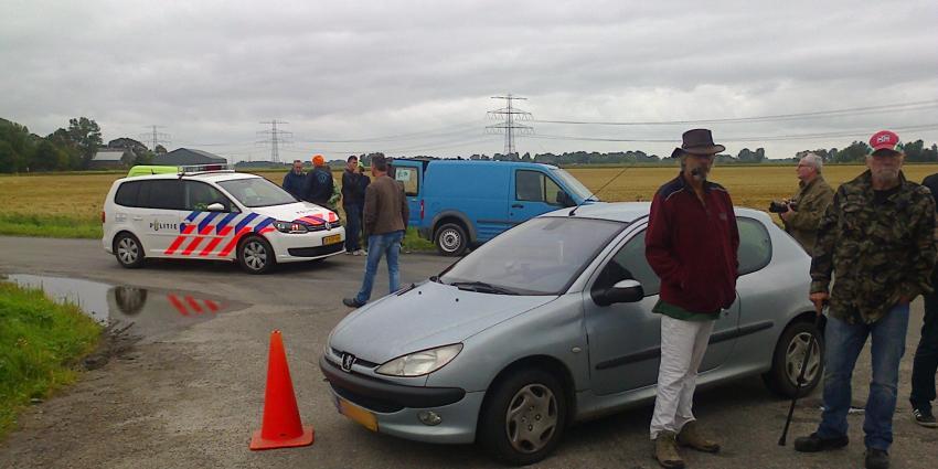 Auto van beveiliger G4S die persoon aanreed