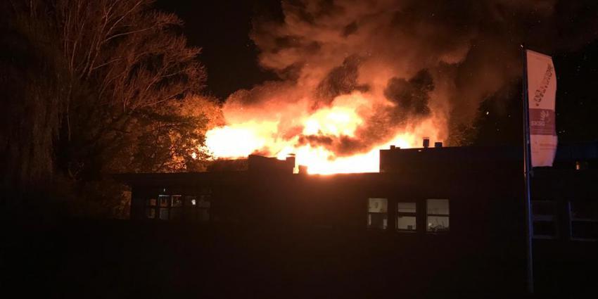 Zeer grote brand in gymzaal