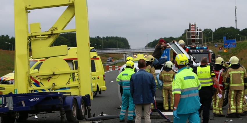 Twee gewonden bij ongeval N33 bij Gieten