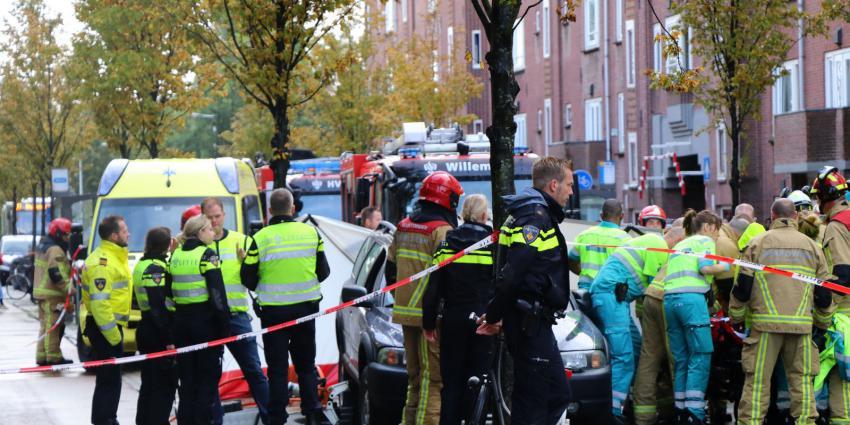 Hulpverleners aan het werk Schalk Burgerstraat