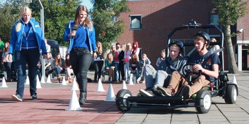 Leerlingen rijden 'onder invloed'