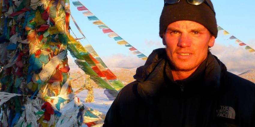 Nederlandse bergbeklimmer Eric Arnold overlijdt na bereiken top Mount Everest