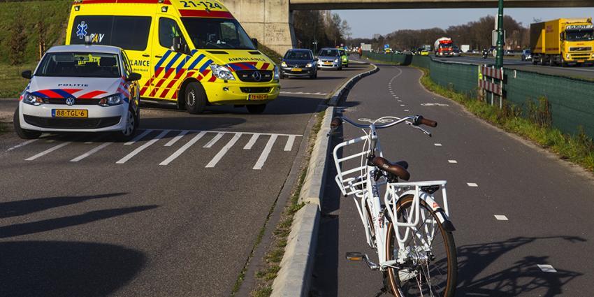 Foto van aanrijding in St Oedenrode   Persburo Sander van Gils   www.persburausandervangils.nl