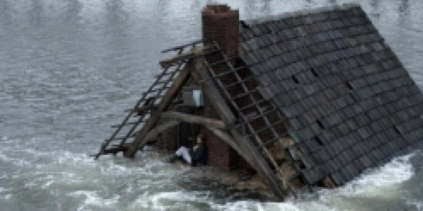 Watersnoodmonument in het Zeeuwse Kruisdorp vernield
