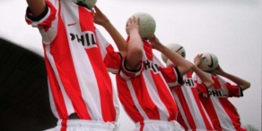 Strootman gewoon met PSV mee op trainingskamp