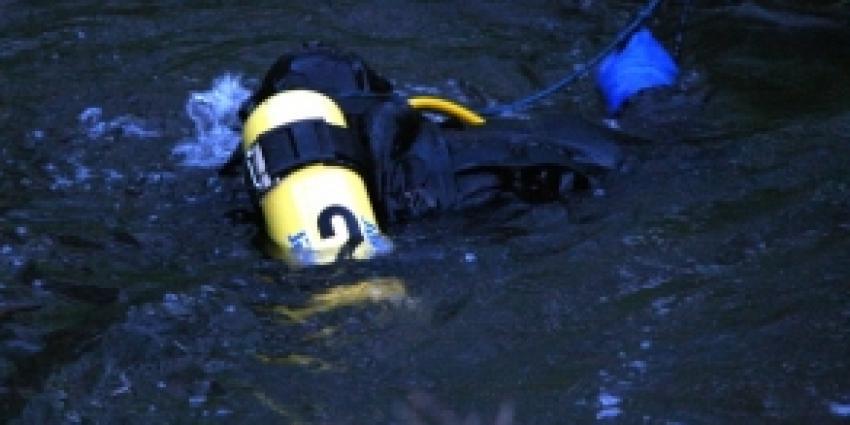 24-jarige drenkeling Maassluis overleden