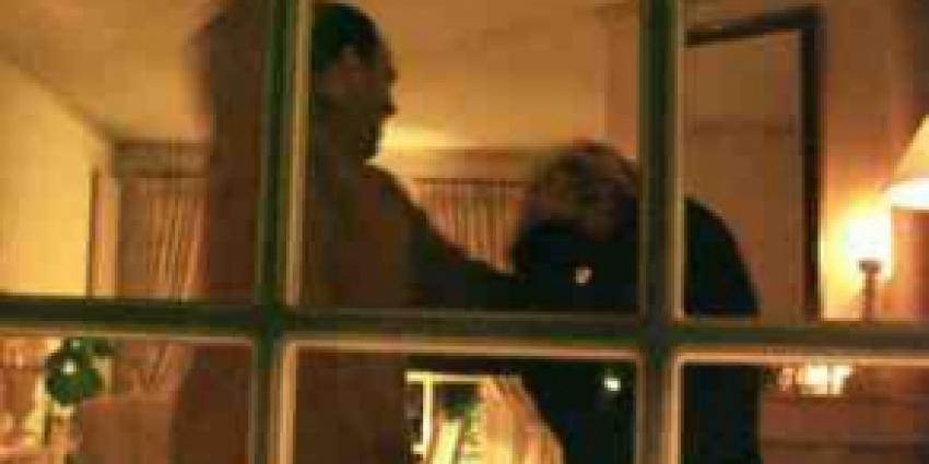 Aanhouding huiselijk geweld in Warffum