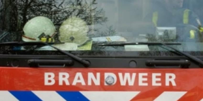 Man raakt gewond bij brand in Amsterdam