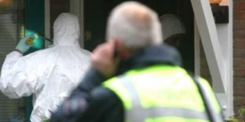 Man doodt zijn vrouw en daarna zichzelf in woning Roosendaal