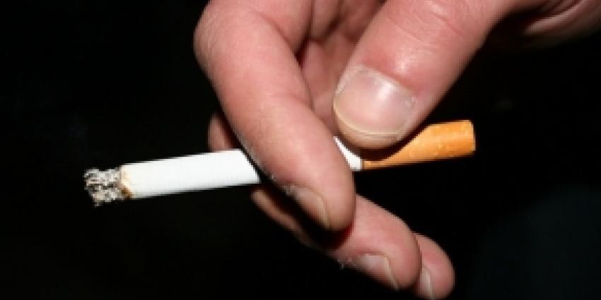 'Rokers kosten gezondheidszorg juist minder'