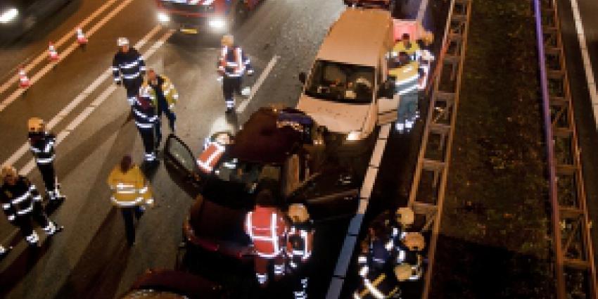 Zes mensen gewond bij kettingbotsing A50