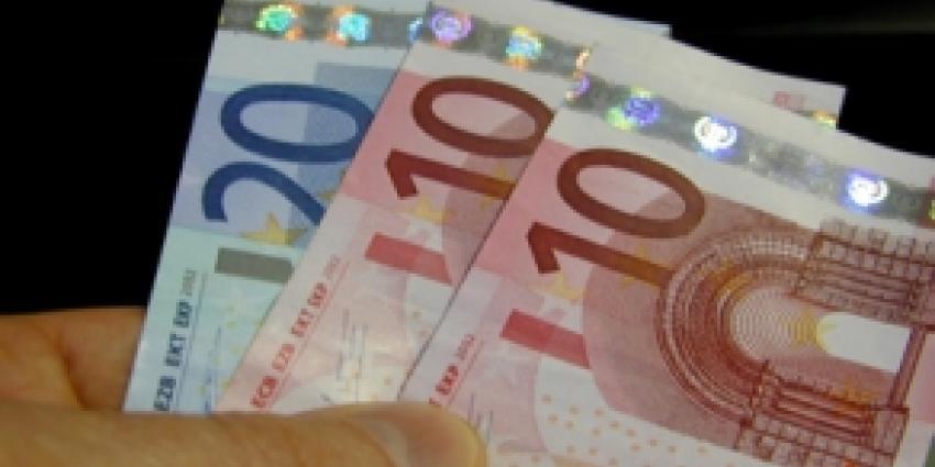 Nederlanders somberder over de economie