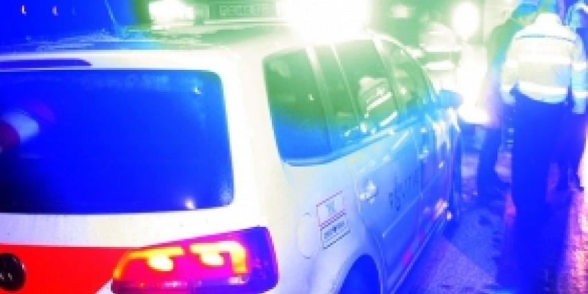 Munitie en wapens aangetroffen in kofferbak auto