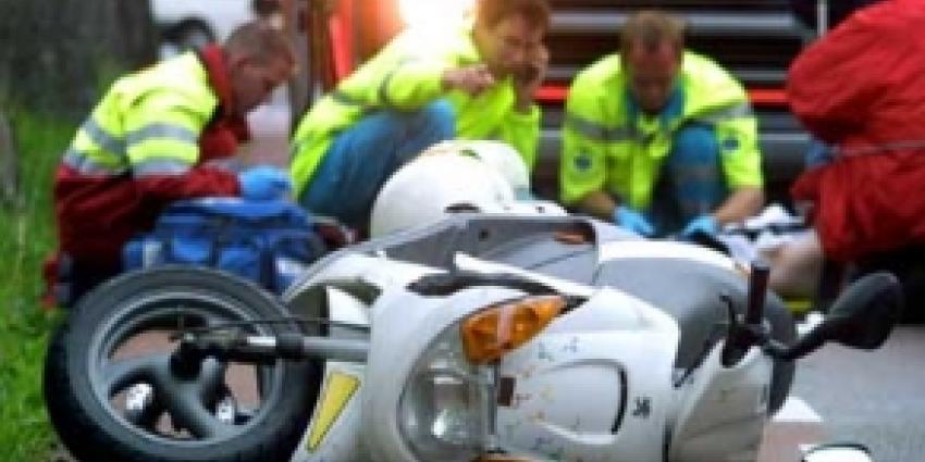 Man (78) verongelukt bij scooterongeval