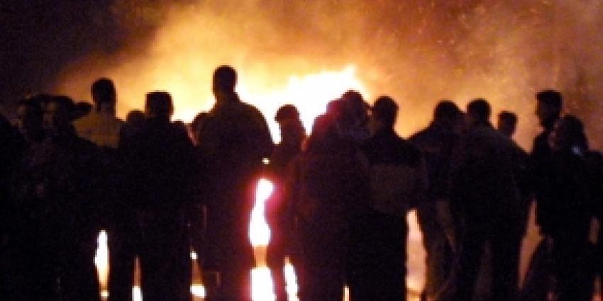 Politie pakt mishandelaars brandweermannen op
