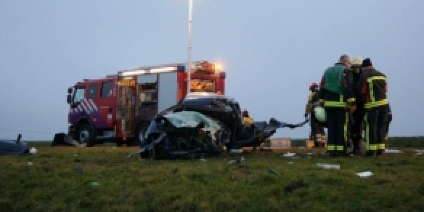 Automobilist uit Veendam overleden na frontale aanrijding