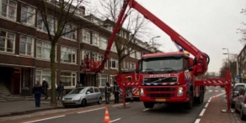 Verbranden vloeitjes door onderbuurman zorgt voor rook in woning