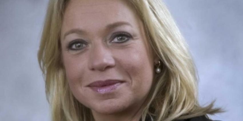 Hennis-Plasschaert: afname steun voor NAVO zorgelijk