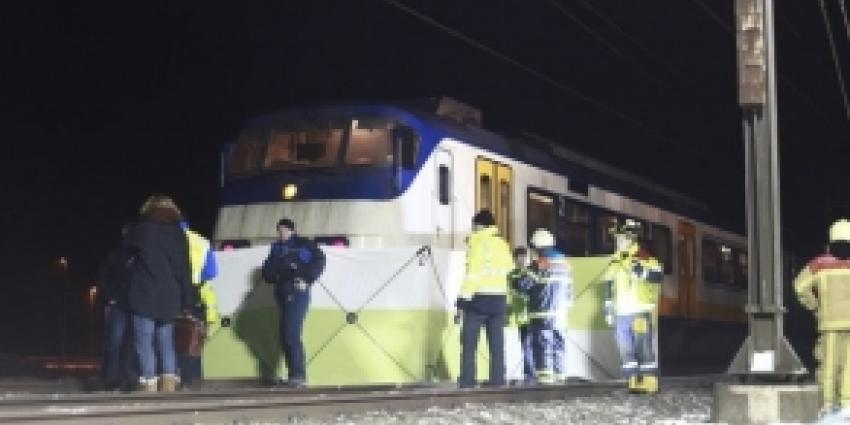 20-jarige automobilist omgekomen na botsing trein