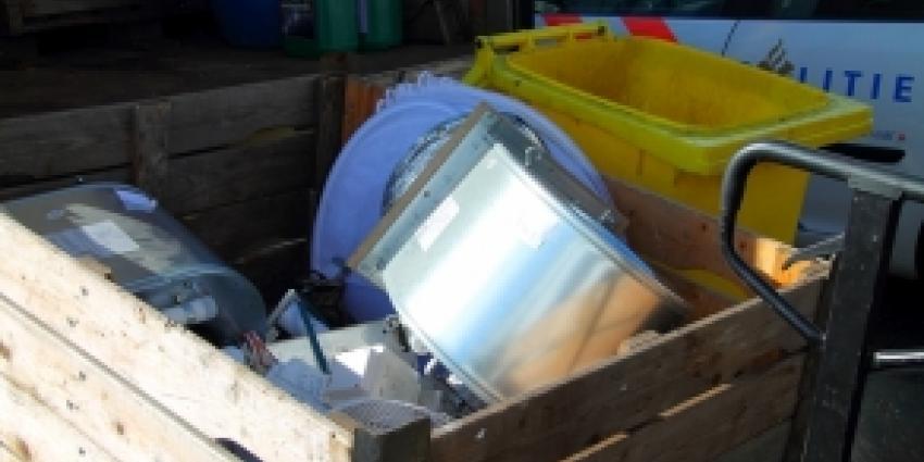 Man aangehouden bij ontmanteling hennepkwekerij