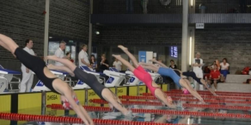 Zwembad De Krommerijn in Utrecht officieel in gebruik genomen