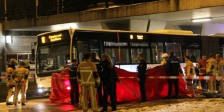Man overreden door bus in Amsterdam