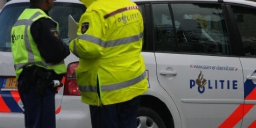 Gewonden bij frontale botsing tussen twee auto's Oosterbeek