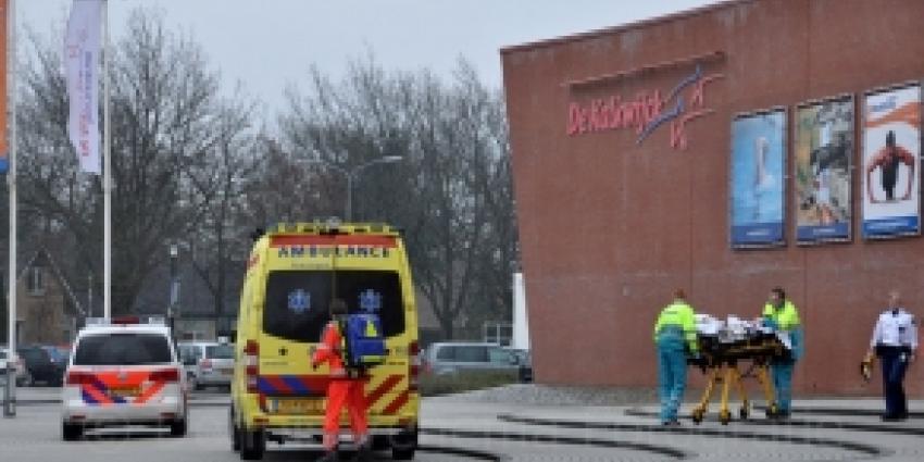 Kleuter zwaargewond na val tribune sporthal