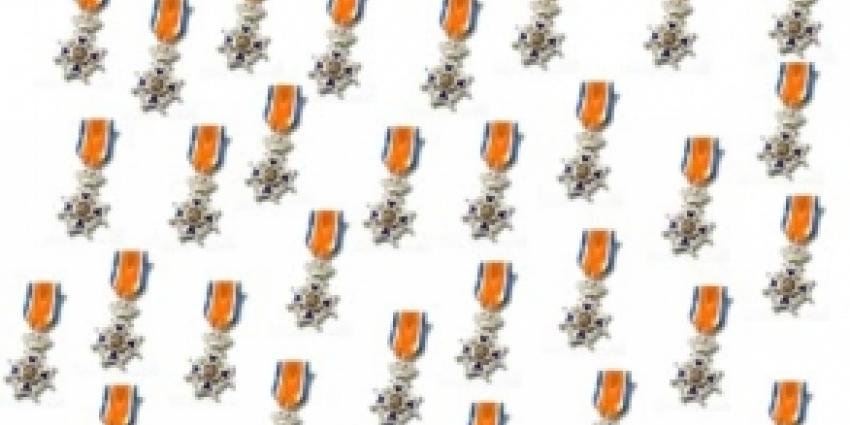 Koninklijk lintje voor 'moeder van de Rivierenbuurt'