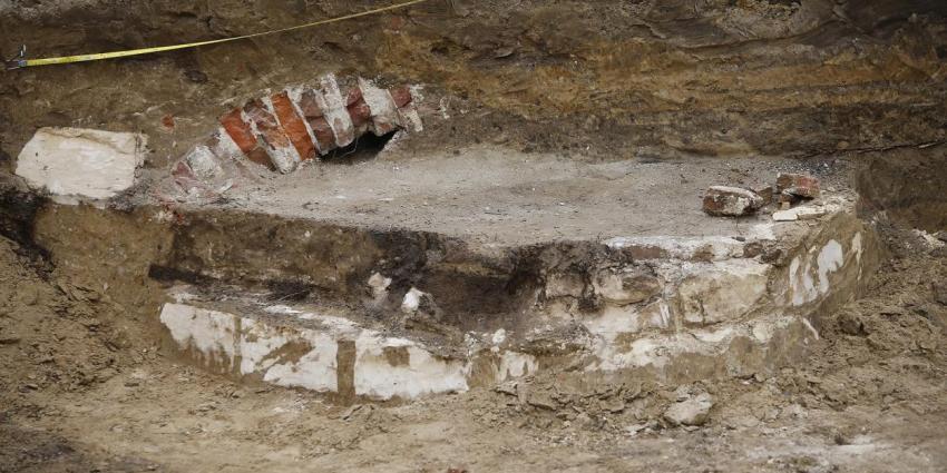 Gemeente Weert enthousiast over vondst eeuwenoude waterput