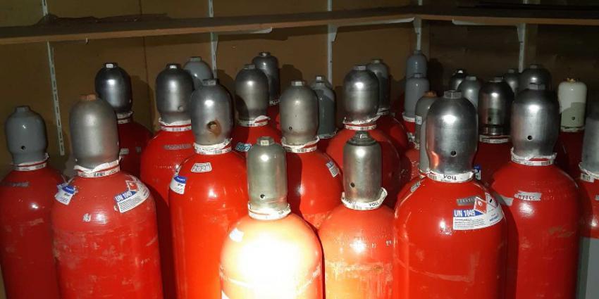 Gasflessen met waterstof