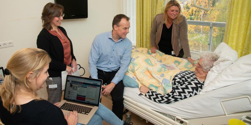 Cardiologen onderzoeken kwetsbare ouderen in zorginstelling