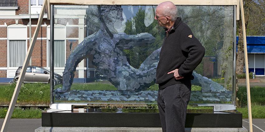 Foto van nieuw beeld oorlogsmonument Wildervank | Stichting VIP | www.parkstadveendam.nl