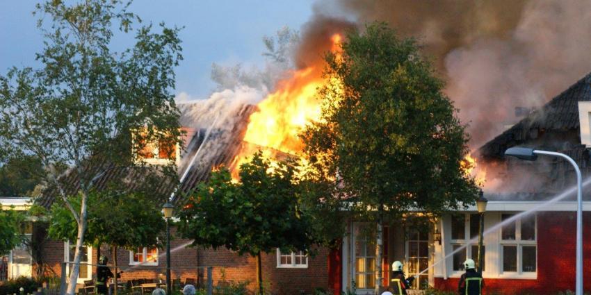 Restaurant in vlammen opgegaan