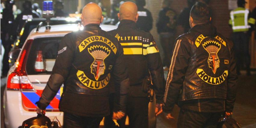 Politie valt clubhuis Satudarah