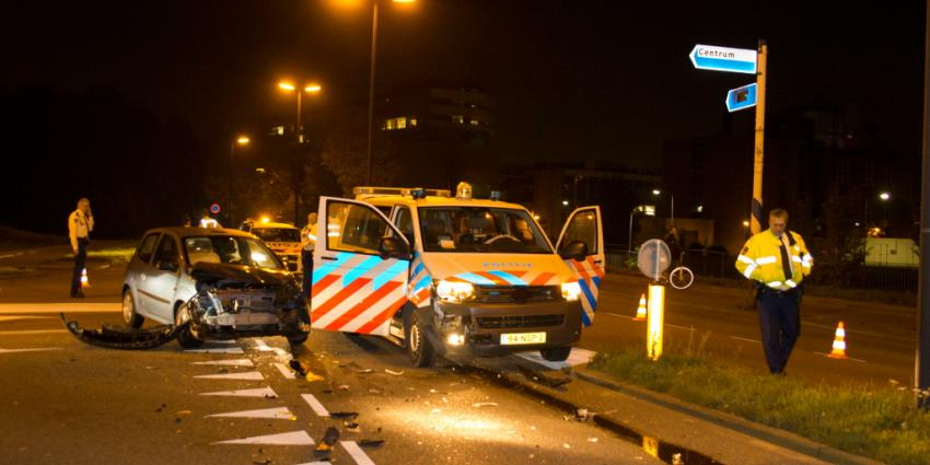 Politieauto betrokken bij aanrijding in Vlaardingen | Flashphoto | www.flashphoto.nl