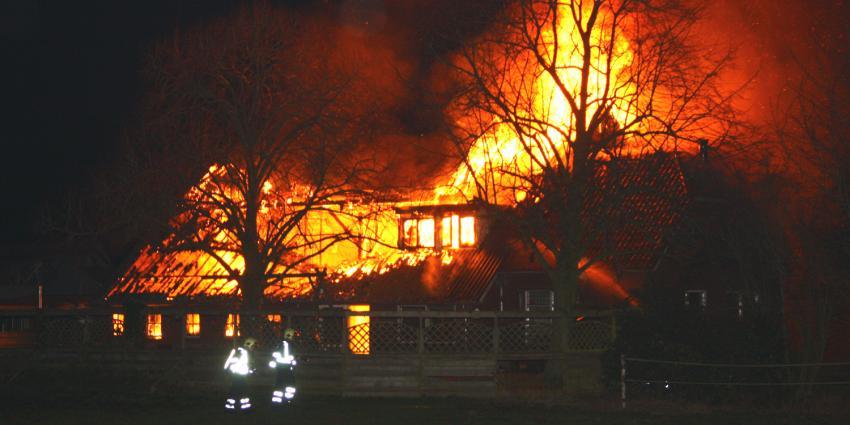 Foto van boerderij brand   Henk Brunink