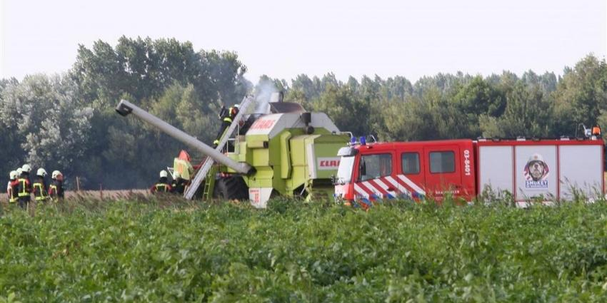 Foto van brand in landbouwvoertuig | Van Oost Media | www.vanoostmedia.nl